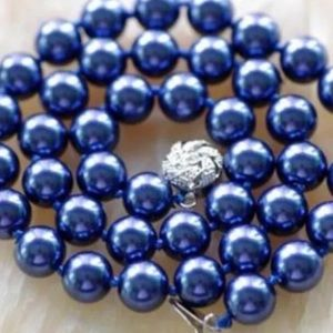 """Navy 8MM Shell Pearl 18"""" Necklace"""